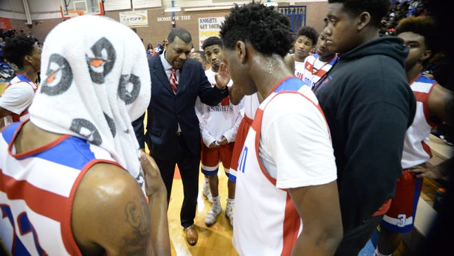 Woodlawn won its 2018 LHSAA Class 4A state playoff opener and advances to the second round.
