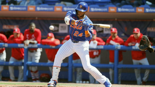 Mets second baseman Robinson Cano has kept busy during the quarantine, delivering bags of food in the Dominican Republic.