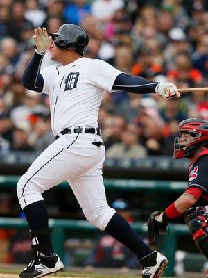 Detroit Tigers Miguel Cabrera hits a two run home run scoring Rajai Davis for a 7-2 Tigers lead.