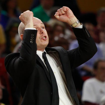 ASU coach Herb Sendek talks to his team during the second half of a game against Washington at Wells Fargo Arena.