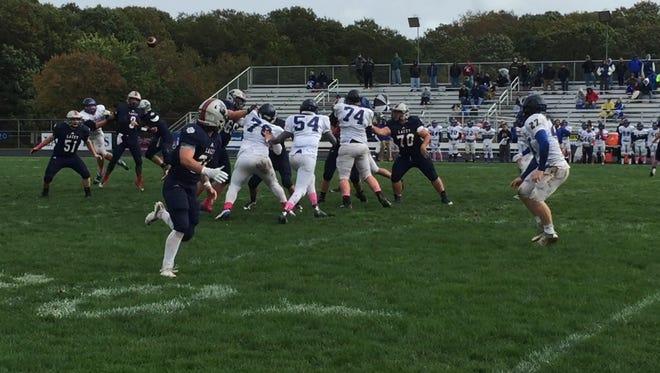 Coleton Klaus delivers a 31-yard touchdown pass to Jason Giresi.