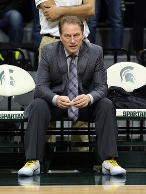 Michigan State Spartans coach Tom Izzo wears Lacey's Laces supporting Coaches for Cancer prior to the game against Purdue on Jan. 24, 2017.