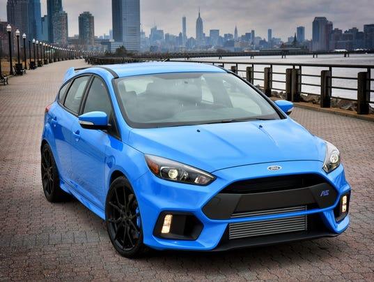 636163454122921857-2016-Ford-Focus-RS-hatchback.jpg