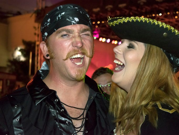 Reno scallywags show off their best pirate faces at