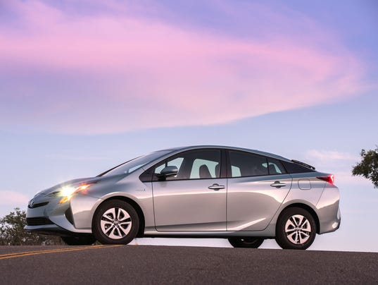 2016 Toyota Prius first drive Fuel economy rises again