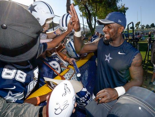 Cowboys wide receiver Dez Bryant is fan favorite at