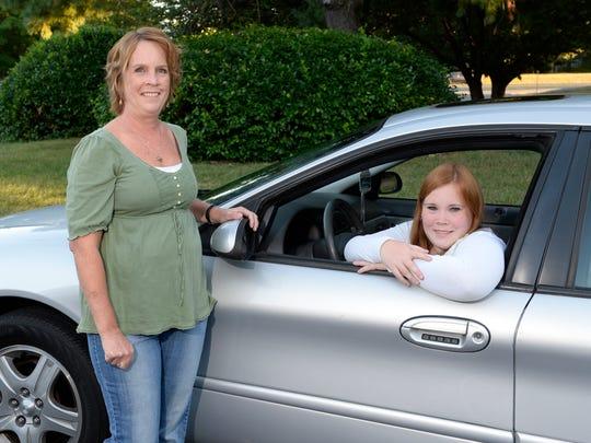 XXX_Teens-Put-Off-Driving-hdb3815