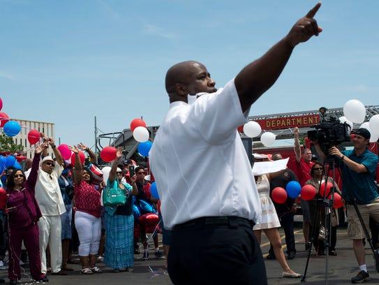 Detroit Fire Department Captain James Edwards points