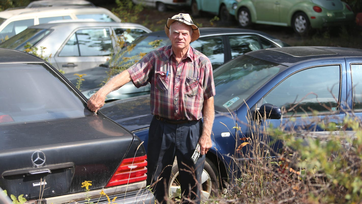 Car collector or hoarder? Michigan man's 160 vehicles must go