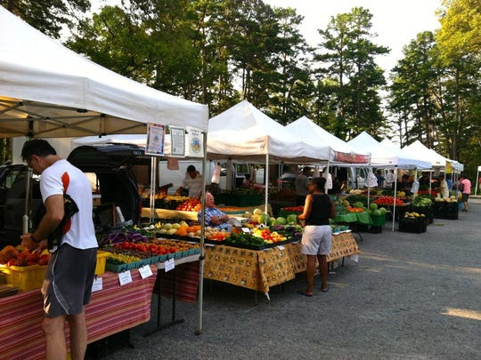 Farmers-Market with tents