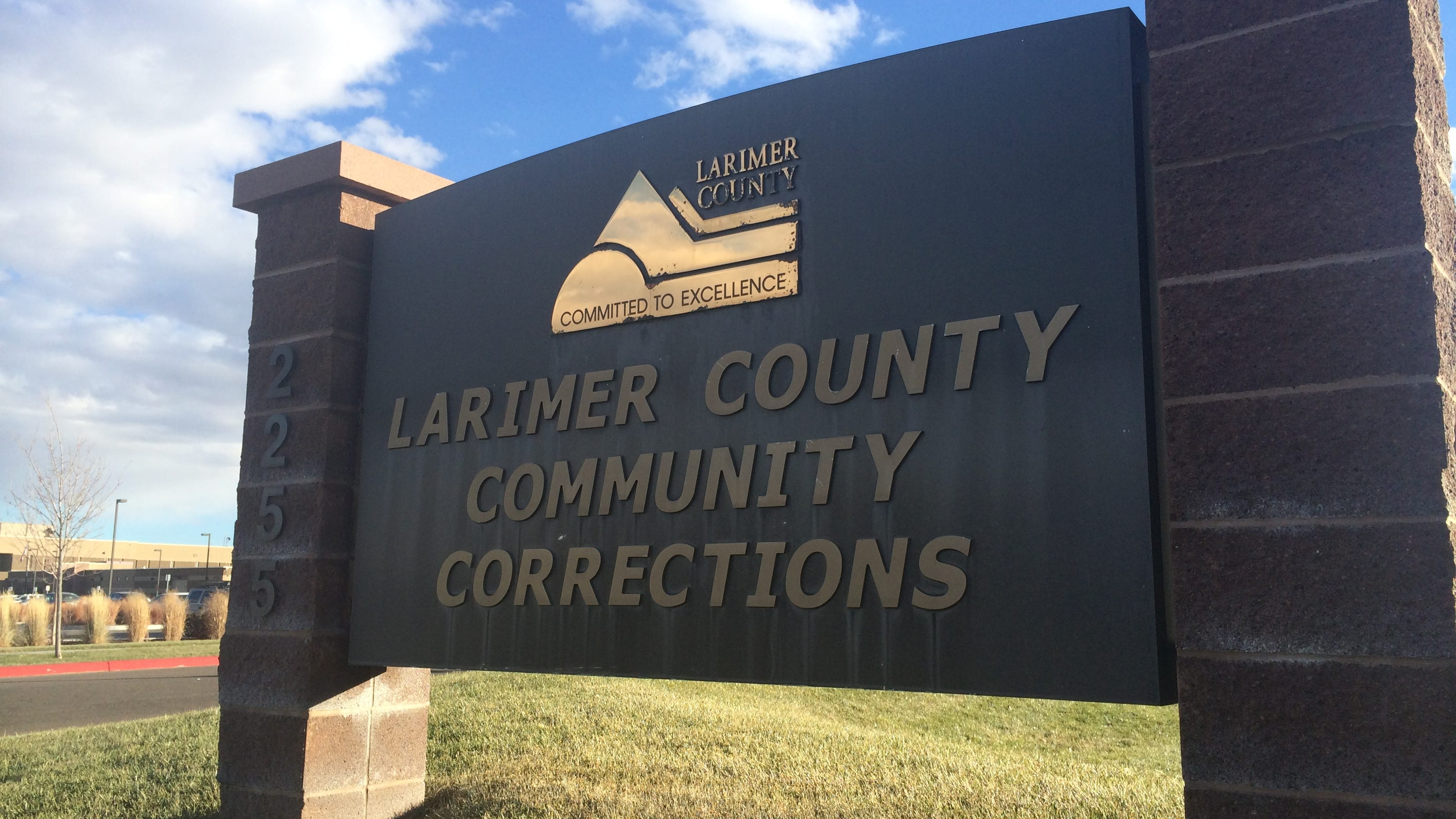 community correction Kansas community corrections offices 2nd judicial district (shawnee county community corrections) rebecca cartmill, director 02d 712 s kansas ave, 3rd fltopeka, ks 66603.