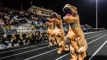 Oconomowoc athletes and coaches will hit the streets Sunday for Gold Card fundraiser