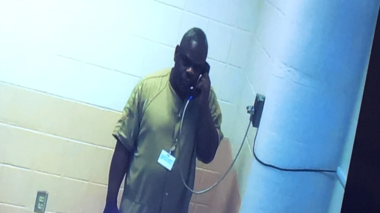 Suspect accused of stealing $300 and $30 worth of gift cards from rectory at Sacred Heart Church in Dover