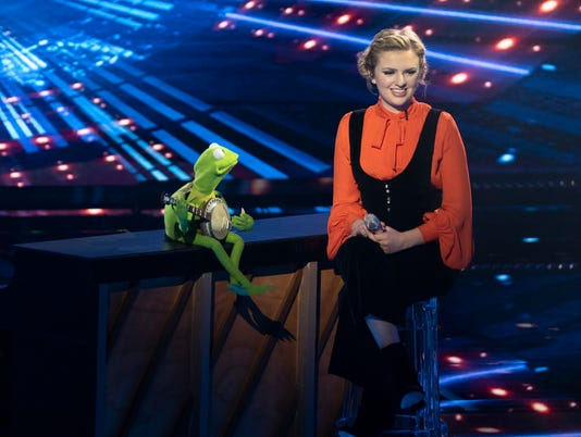 KERMIT THE FROG, MADDIE POPPE