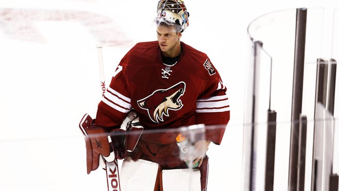 Mike Smith has had a rough start to the season in net, but the Coyotes are confident he will turn it around.
