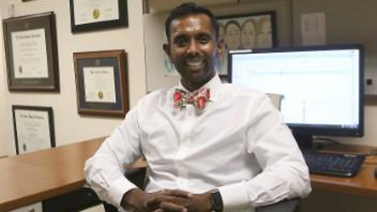Doctor Promotes Ovarian Cancer Awareness In September