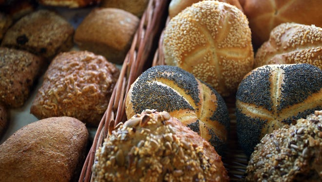 The consumption of bread is universal. Made from wheat, rice, corn or rye, bread is usually baked in the oven.