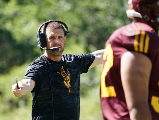 Arizona State offensive coordinator Billy Napier at