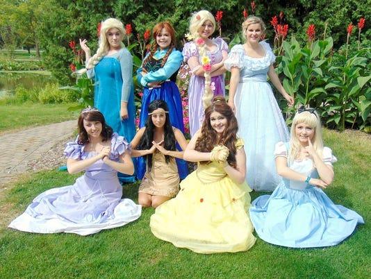635805233056294189-princesses
