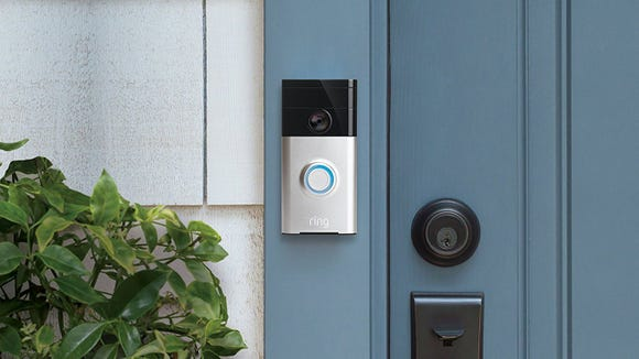This doorbell streams video to your phone—and it's