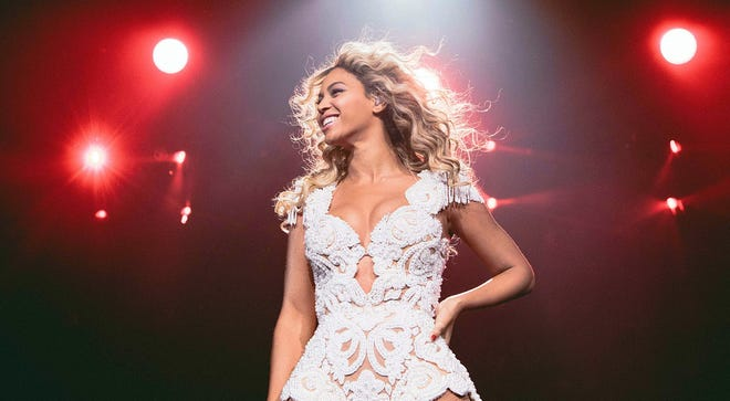 Beyonce performs in Phoenix as part of her 'Mrs. Carter' tour.