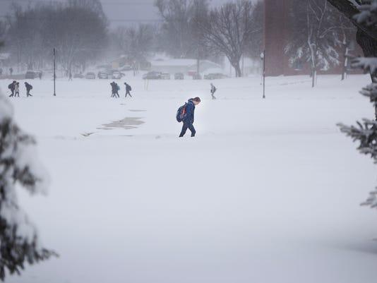 636596582786370036-April-snow-005.JPG