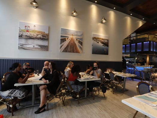 New Seafood Restaurant Downtown Fort Myers