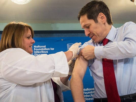 CDC chief gets vaccine