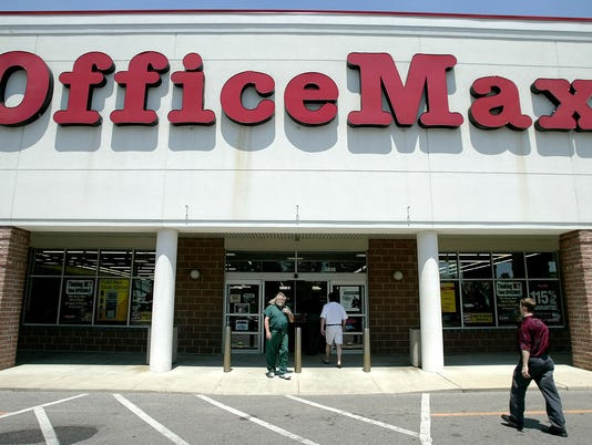 AP EARNS OFFICEMAX F FILE USA OH