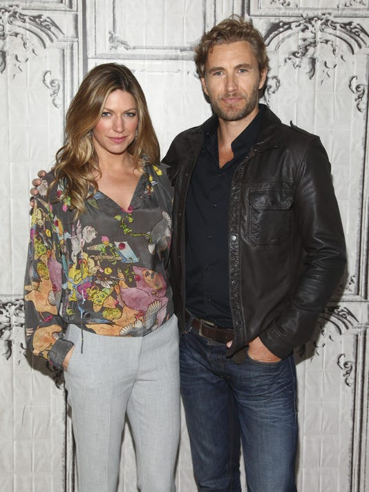 Jes Macallan, Brett Tucker