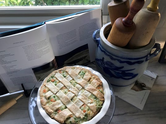 636610300086741435-Chicken-pot-pie-picture-2018.jpg