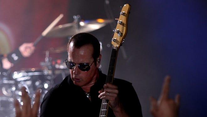 Robert DeLeo of Stone Temple Pilots at Starland Ballroom, Sayreville, in 2013.