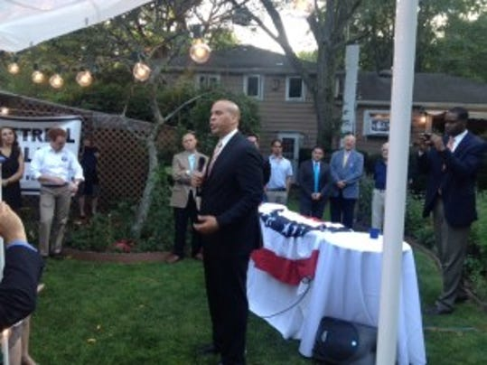 U.S. Sen. Cory Booker spent  two hours at an event raising money for Democrats in Monmouth County last week. (Photo courtesy of Gary Faraci)