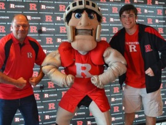 "The Scarlet Knight mascot flexes with fans Thursday at the Landshark Bar in Atlantic City, the latest premier stop on Rutgers' ""R Big Tour."" (Courtesy of Rutgers athletics)"