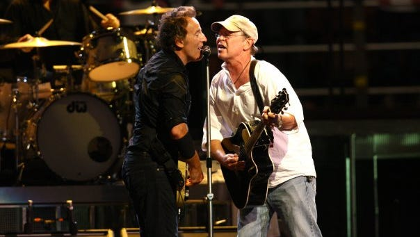 Bruce Springsteen and Robbin Thompson in 2003.