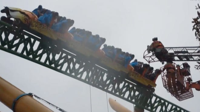 Busch Gardens' Cheetah Hunt roller coaster in Tampa broke down Feb. 12, 2014.