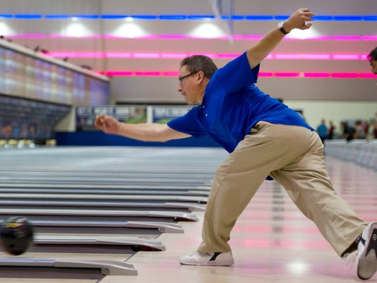 REN0714 SPT Bowling 02.jpg