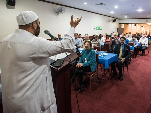 warren center muslim Many of you are aware that the internet and blogosphere are awash with information concerning rick warren builds bridge to muslims center for faith and culture's.