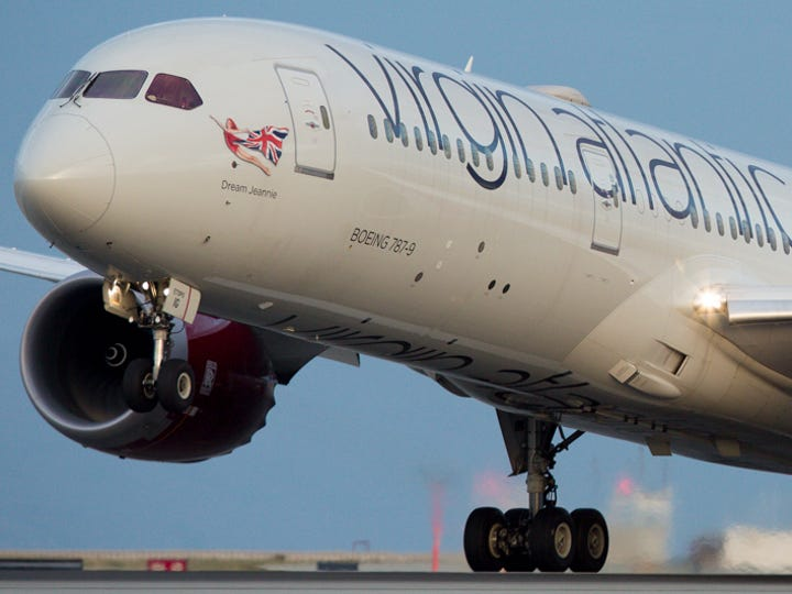 A Virgin Atlantic Boeing 787-9 takes off from San Francisco for London on Oct. 23, 2016.