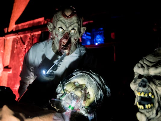 2-HES-DR-101717-taneytownhaunt