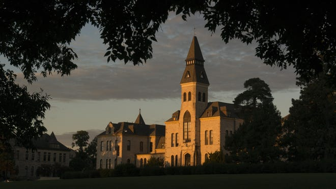 COVID-19 cases continue to climb at Kansas State University and the University of Kansas, now that each university is at least a week into the fall 2020 semester.