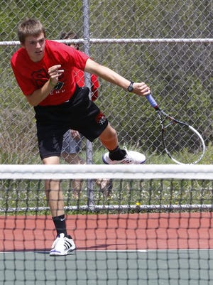 SPASH junior Jon Peck overcame some hurdles to qualify for the WIAA Division 1 state tournament which begins Thursday at the Nielsen Tennis Stadium in Madison.