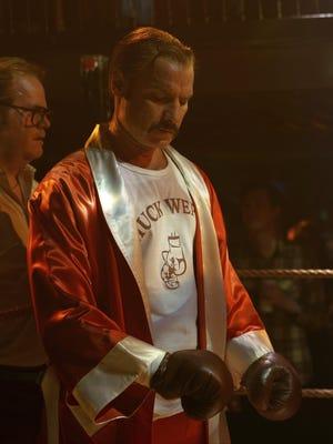"""Liev Schreiber as boxer Chuck Wepner in """"Chuck."""""""