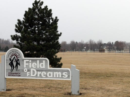 field of dreams sign