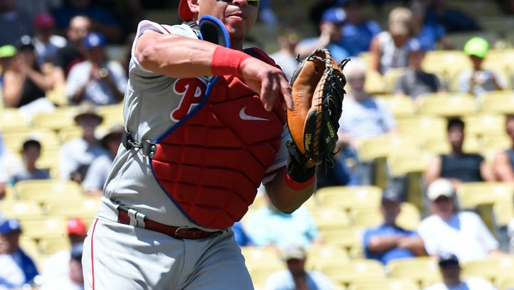 Phillies give Ruiz shot at another title, trade him to Dodgers