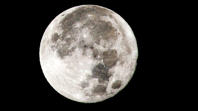 NASA might refocus on visiting the moon under President Trump.
