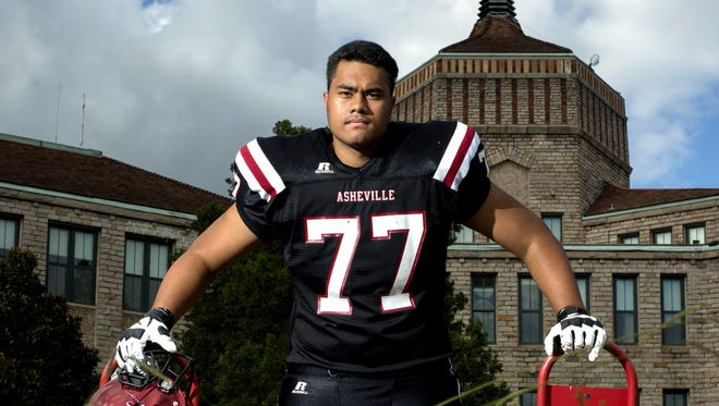 Asheville High senior Pete Leota played in Saturday's Polynesian All-American Bowl in Oceanside, Calif.