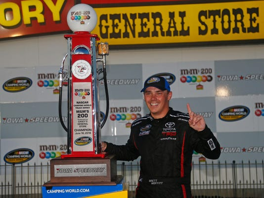NASCAR Camping World Truck Series M&M's 200 presented by Casey's General Store