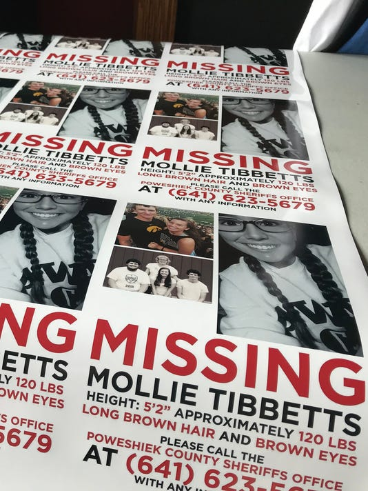 080118mollie-tibbetts-magnets.jpg