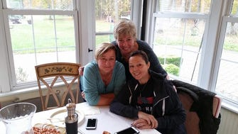 Dina DeAquino (right), with Donna Campana (left) and good friend Jackie Vitiello.